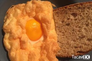 Cloud Eggs. Desayuno novedoso y saludable con solo 8 minutos al horno.