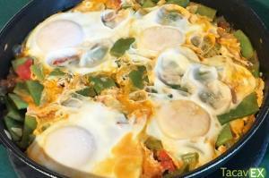 Huevos Escalfados Con Judías Verdes.