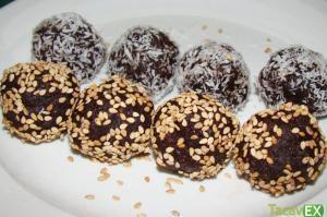 Bolitas de Chocolate Sin Azúcar. Disfruta de un Antojo Dulce y Saludable.