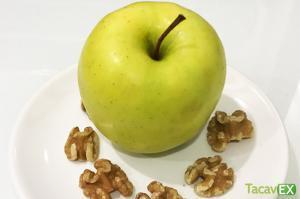 Fruta con frutos secos