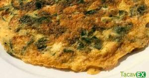 Tortilla de Espinacas y Champiñones: desayuno saludable rico en fibra y proteína.