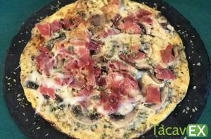 Tortipizza saludable de champiñones. Desayuno o cena fácil de hacer.